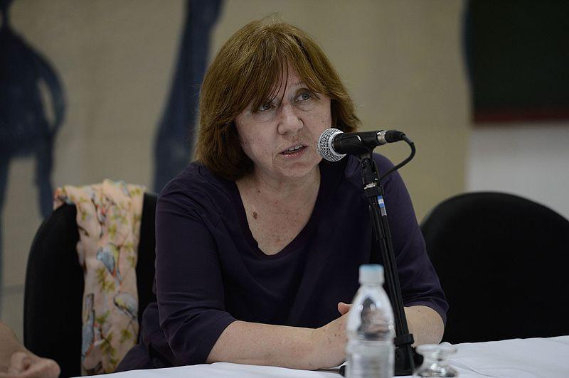 Svetlana Aleksijevič: Stvarnost rata na papiru