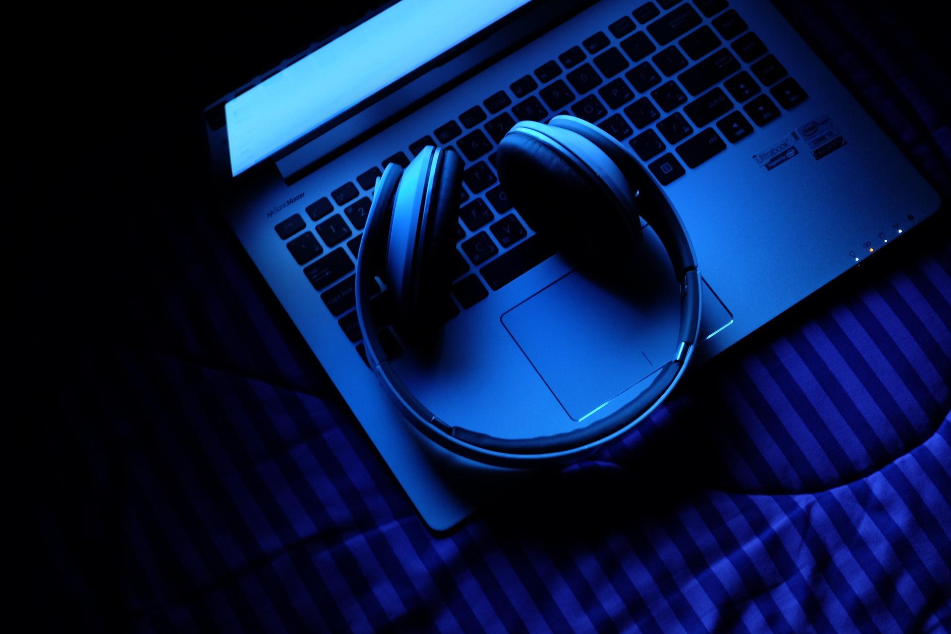 Zašto nas prolaze trnci od muzike?
