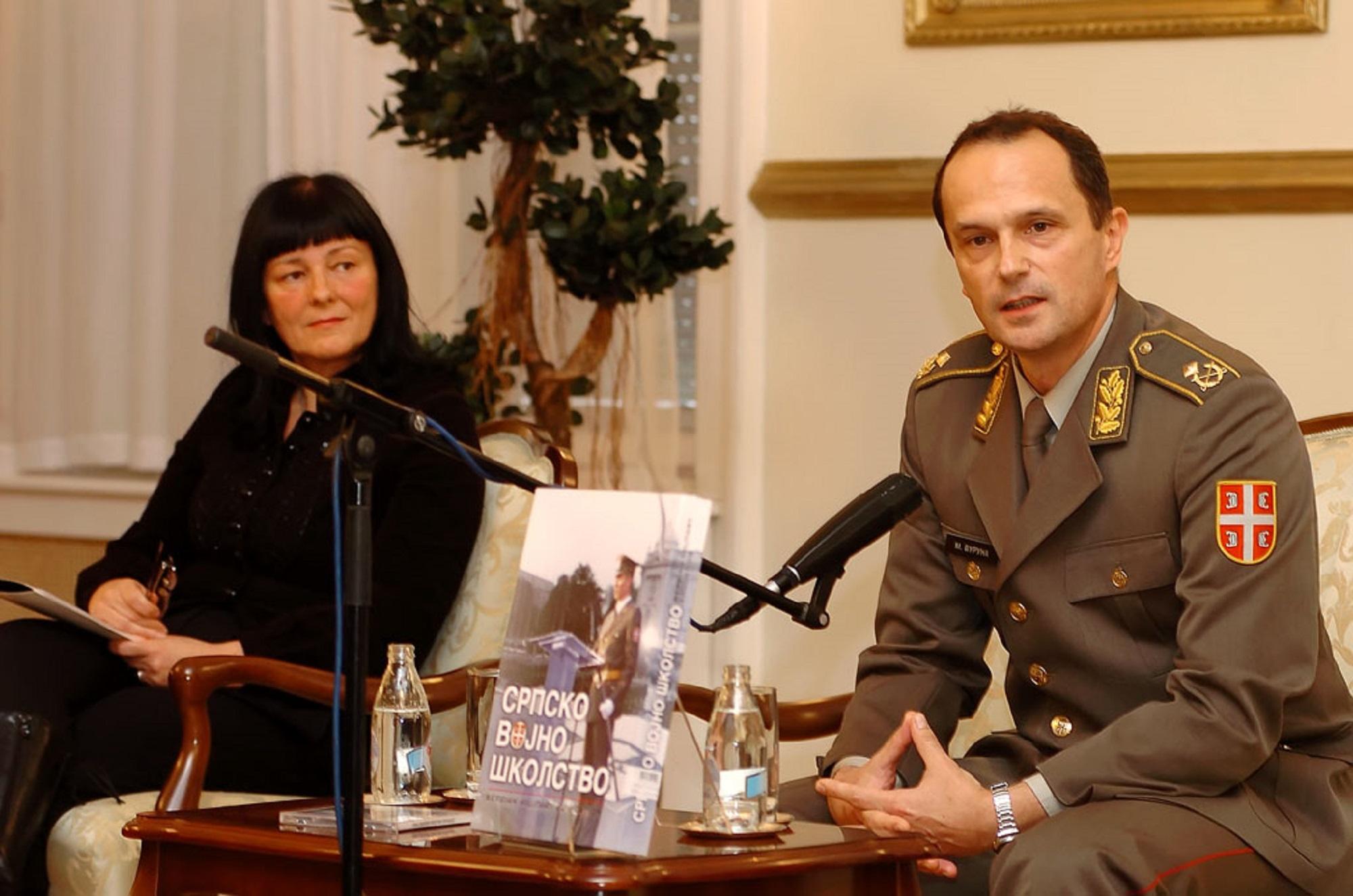Novi roman Mladena Vurune!