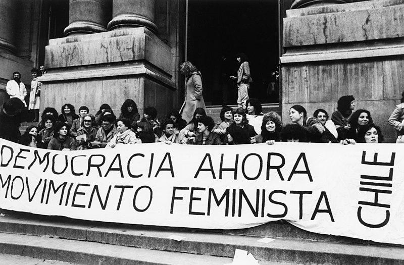 Sedam stvari nedostupnih ženama pre 100 godina