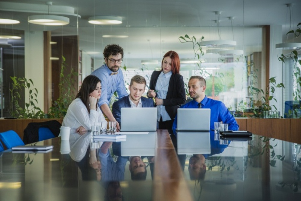 Zašto je inovativni sektor mesto za početak tvoje karijere?