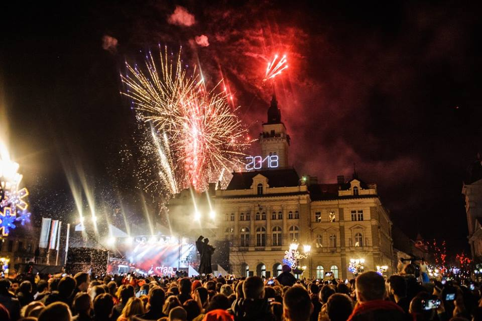 Novi Sad: Doček uz Kaliopi i Dušana Svilara