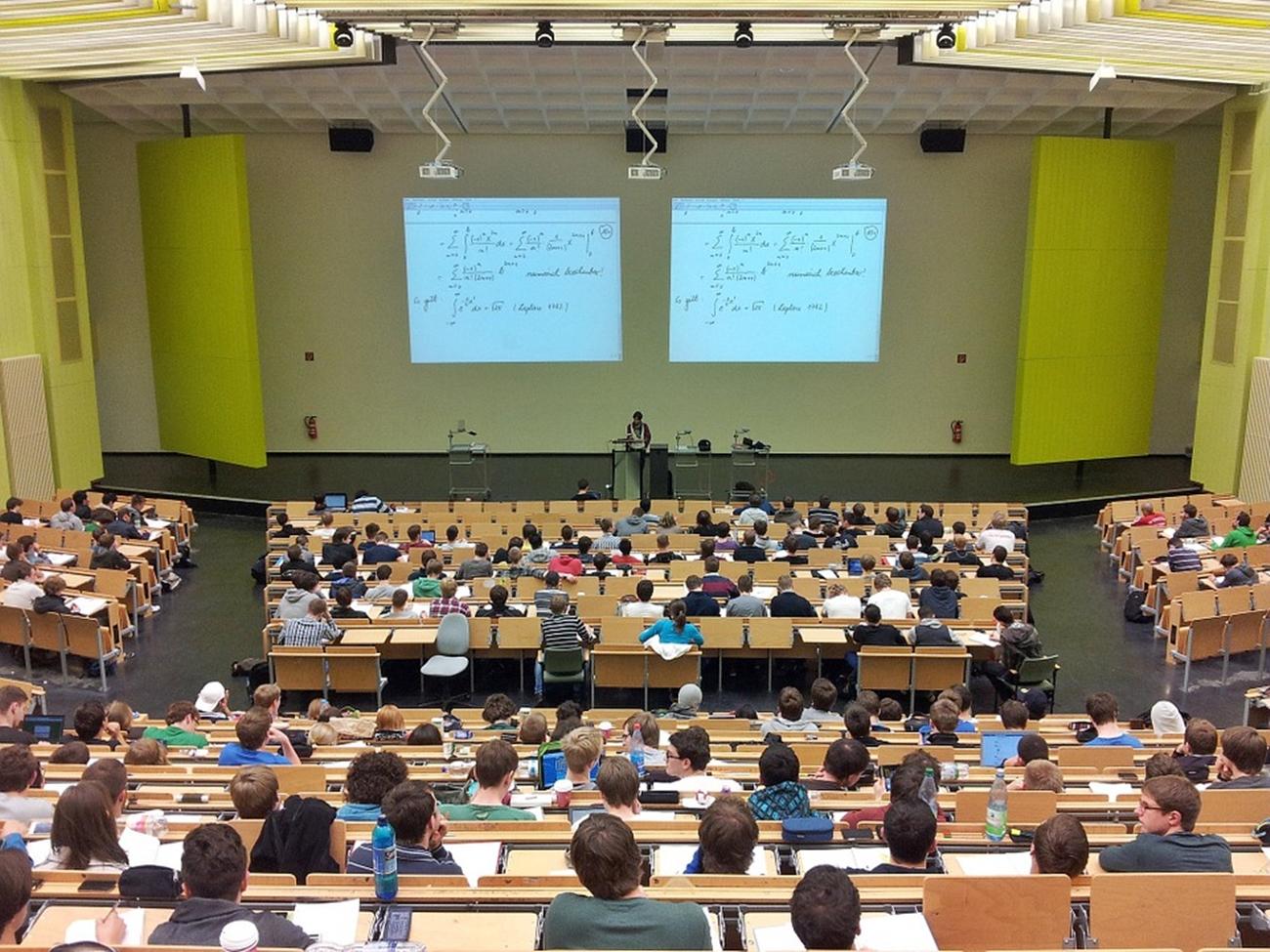 Posetite Forum mladih naučnika!