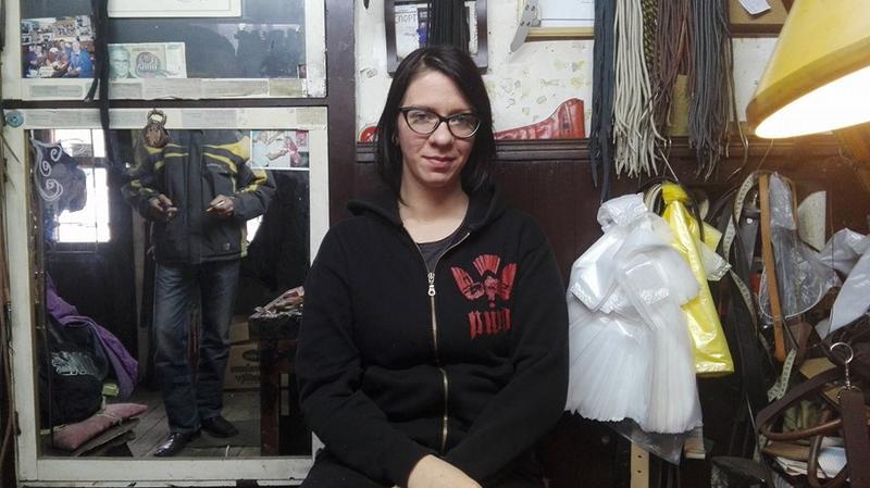 Jelena Veljković: Od gimnazijske klupe do obućarske stolice