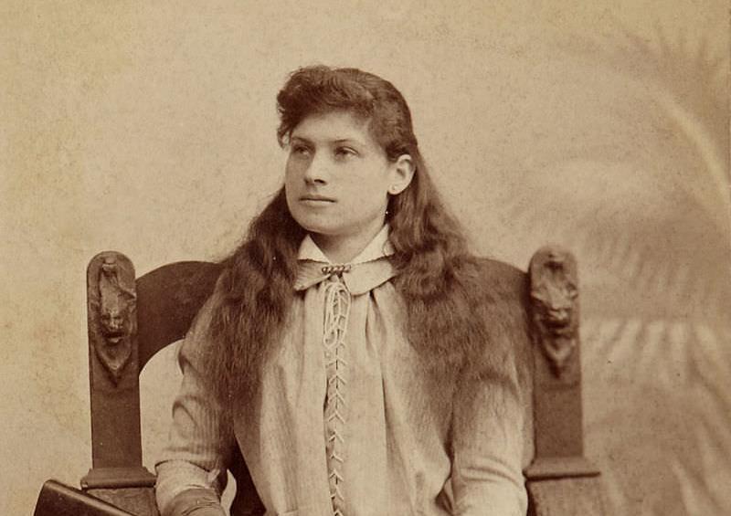 Dama i pištolj: Eni Oukli, najbolji strelac Divljeg zapada