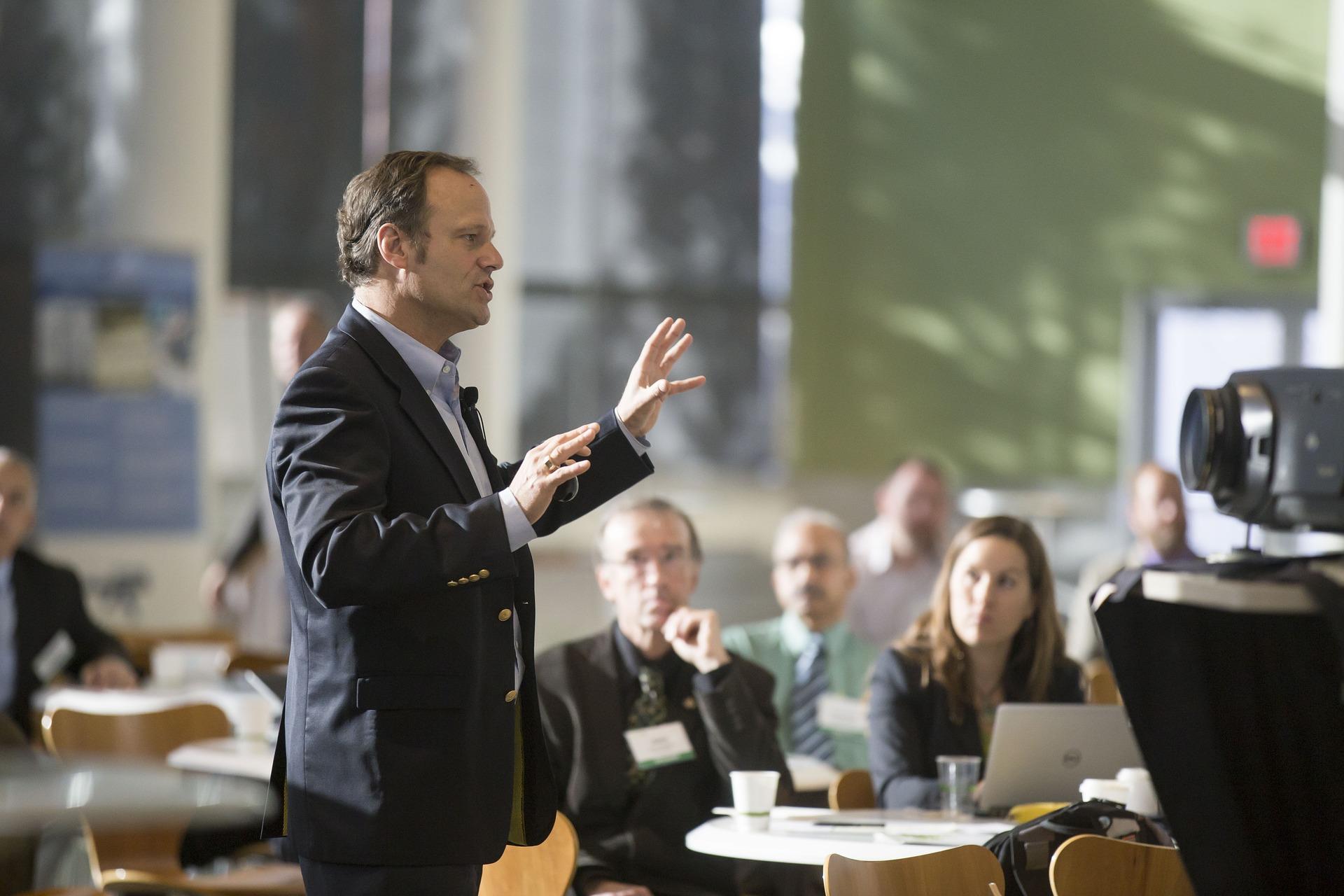 Samoprezentovanje: Vodič o predstavljanju biznis ideje