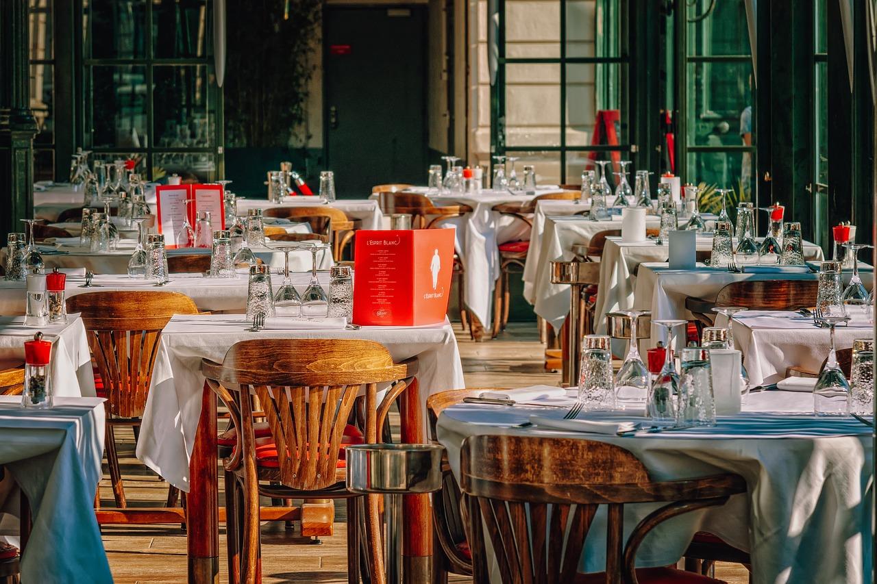Da li znate pravila ponašanja u restoranu?