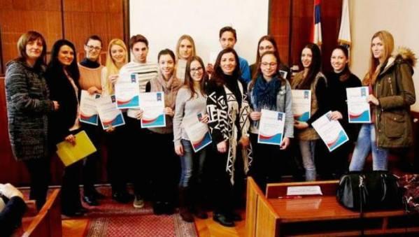 Dodeljeni sertifikati mladim novinarima