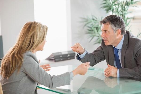 Kako da prepoznate emotivne manipulatore?