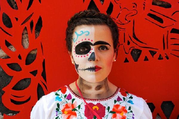 Emotikoni sa likom Fride Kalo