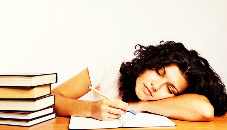 Kako se naspavati i spremiti ispit?